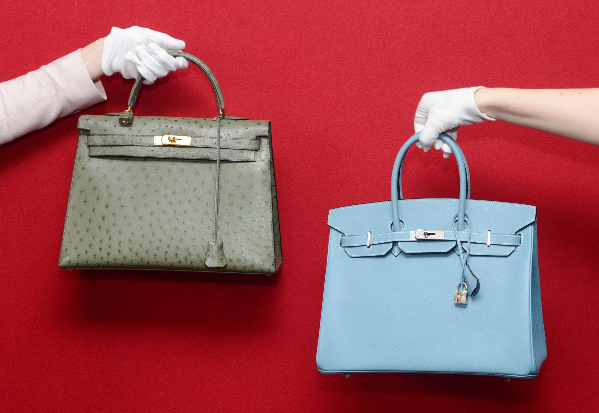 HERMÈS BIRKIN:经典包包背后的历史 THE HISTORY BEHIND THE ICONIC HERMÈS BIRKIN BAG