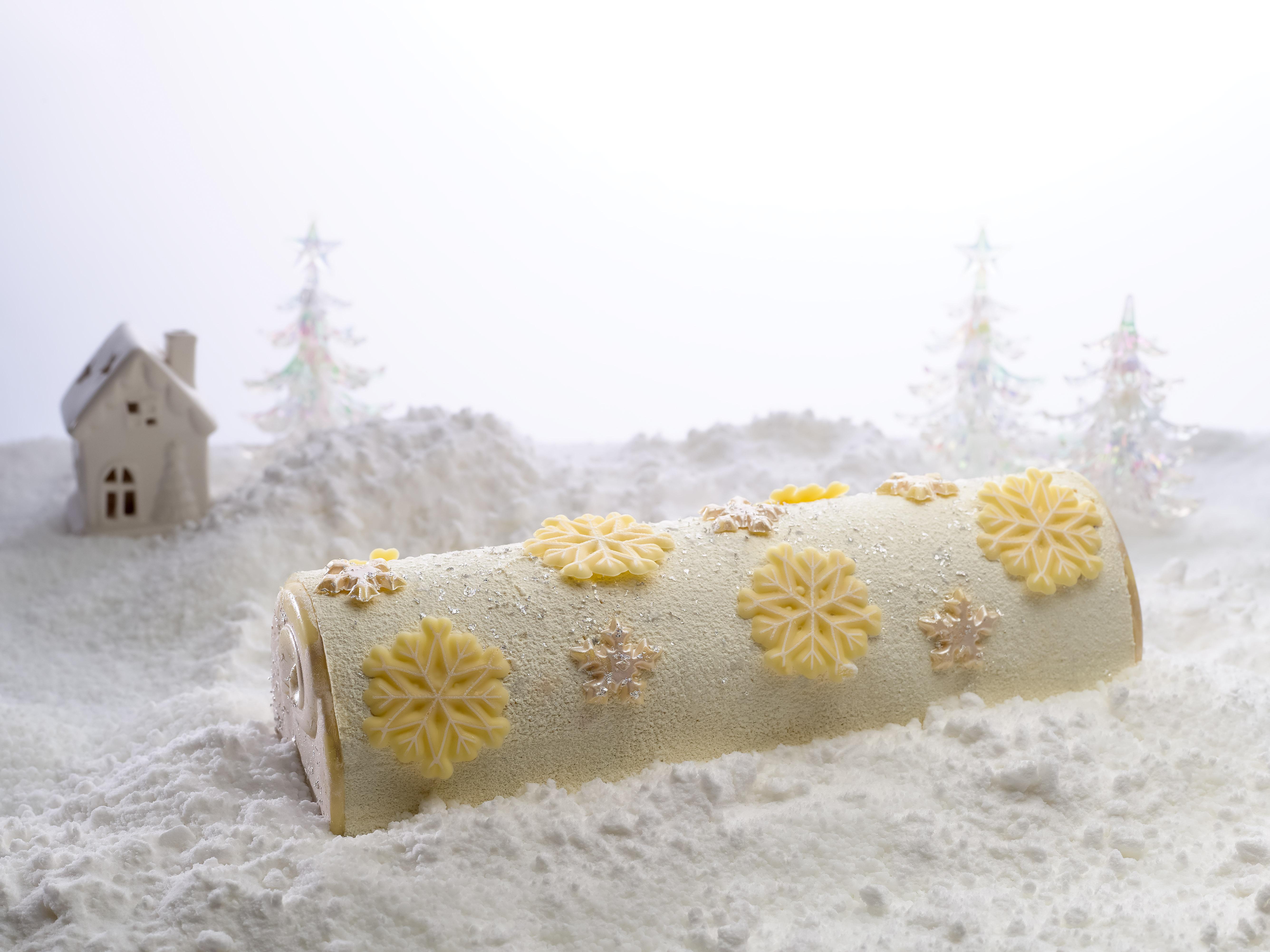 joy-log-cake